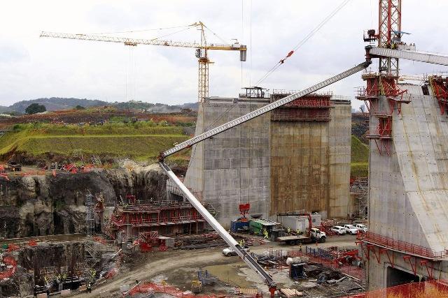 Canal Panamá, en construcción