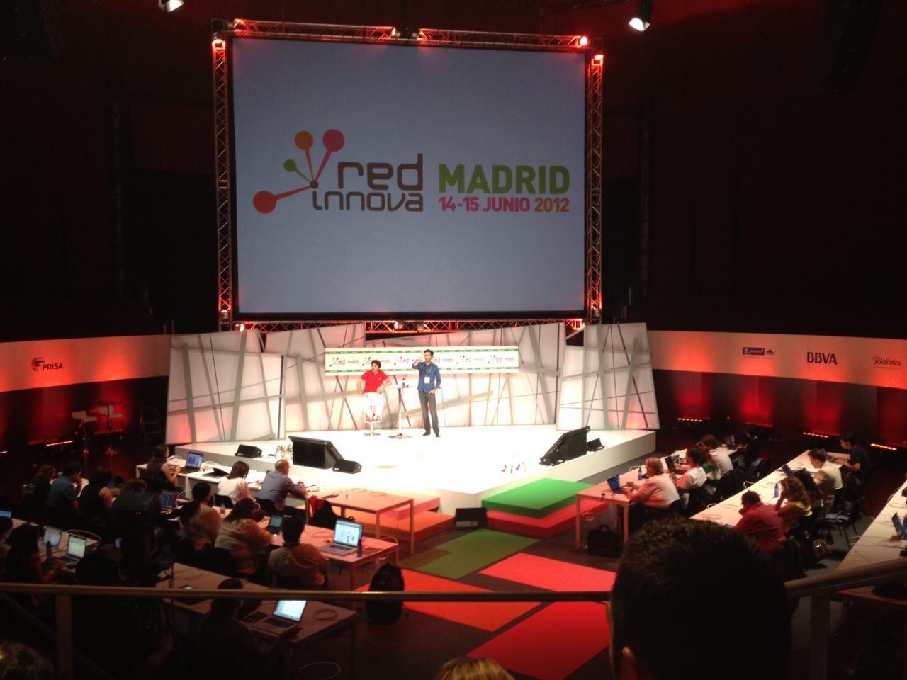 Red Innova 2012