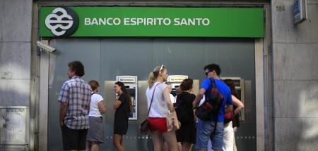 Foto de Santander, BBVA y Sabadell estudian la posible adquisición de Banco Espirito Santo